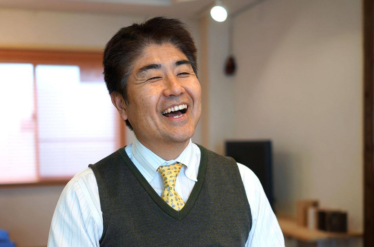 元気で笑顔が印象的な代表の小谷さん